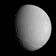 260px-Dione3 cassini big.jpg